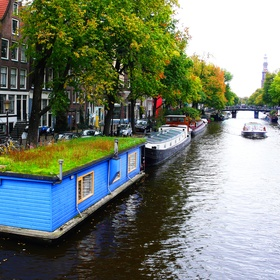 Stay overnight in a Houseboat in Amsterdam - Bucket List Ideas