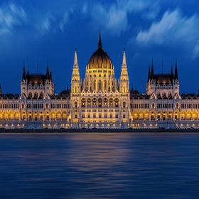 Visit the Parliment of Budapest - Bucket List Ideas