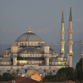 Visit the Hagia Sophia and the Blue Mosque in Istanbul - Bucket List Ideas