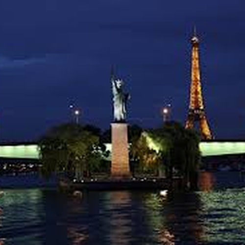 See the Statue of Liberty in Paris - Bucket List Ideas