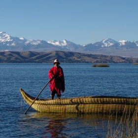 Visit lake Titicaca in Peru - Bucket List Ideas