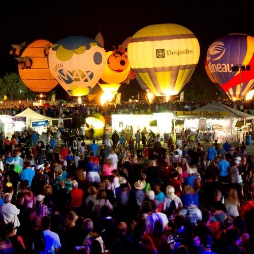 Attend hot air balloon festival in Ottawa - Bucket List Ideas