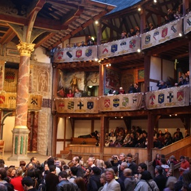 See a Play at the Globe in London - Bucket List Ideas