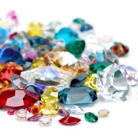 Meet with a gemstone expert - Bucket List Ideas