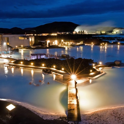 Experience the Blue Lagoon Hotsprings in Iceland - Bucket List Ideas