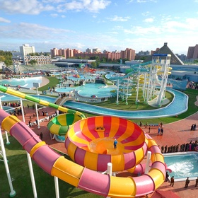 Go to a large outdoor water park - Bucket List Ideas
