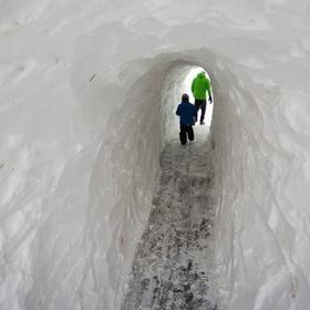 Dig a Snow Tunnel - Bucket List Ideas