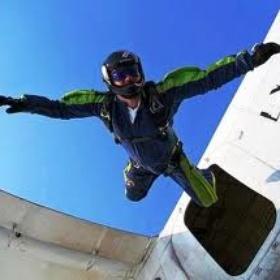 Skydive-ALONE - Bucket List Ideas