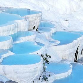 Visit Pamukkale in Turkey - Bucket List Ideas