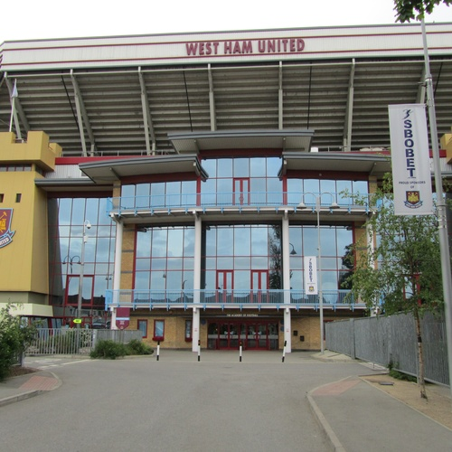 Attend a game of West Ham United - Bucket List Ideas