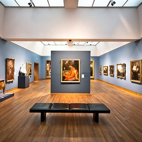 Go to a Museum of Fine Arts - Bucket List Ideas