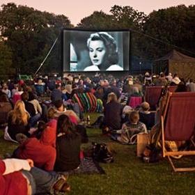 Go To An Outdoor Cinema Screening - Bucket List Ideas