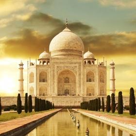 Visit Taj Mahal, India - Bucket List Ideas