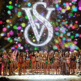 See the victorias secret fashion show live - Bucket List Ideas