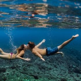 Kiss underwater - Bucket List Ideas