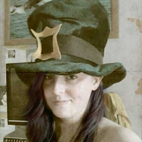 Wear my Leprechaaun hat in 6 different countries - Bucket List Ideas