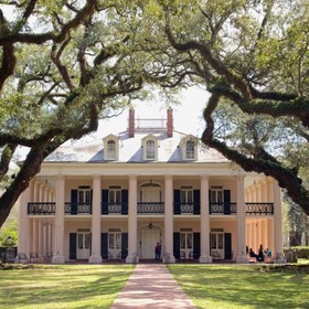 Take a Plantation tour in the American South - Bucket List Ideas