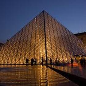 Go to the Louvre - Bucket List Ideas