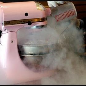 Make Homemade Ice Cream with Liquid Nitrogen - Bucket List Ideas