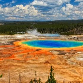 Go to YellowStone National Park - Bucket List Ideas