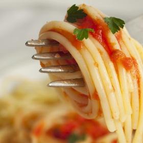 """أكل الباستا في أيطاليا """" Eat pasta in Italy"""" - Bucket List Ideas"""