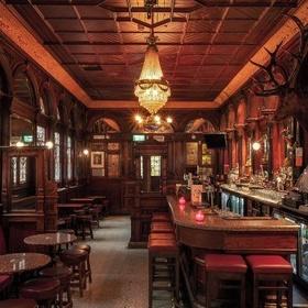 Go on a pub crawl in Dublin - Bucket List Ideas