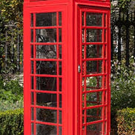 Stand in a red telephone box in England - Bucket List Ideas