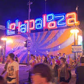 Attend Lollapalooza - Bucket List Ideas