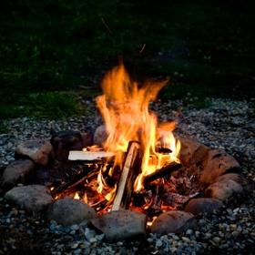 Cuddle Next to a Campfire - Bucket List Ideas