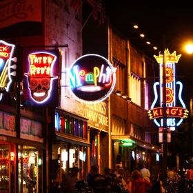 Eat and Drink On Beale Street - Bucket List Ideas