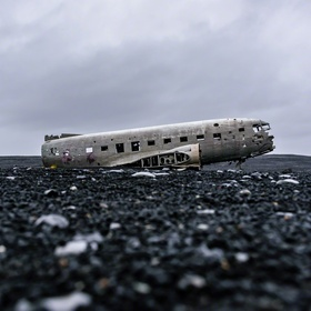 Visit the US Navy DC-3 wreckage in Iceland - Bucket List Ideas
