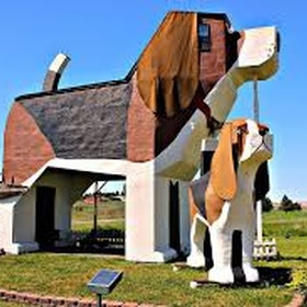 Take a picture of the dog bark park inn - Bucket List Ideas