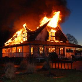 Follow a fire truck to a burning house fire - Bucket List Ideas