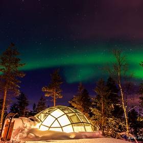 Watch the night sky at Kakslauttanen Arctic Resort - Bucket List Ideas