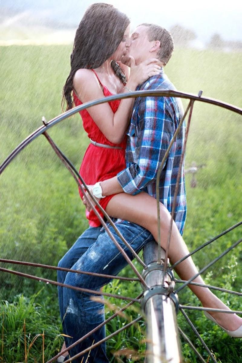 Bucketlist » Passionately kiss in the rain (Official Bucket