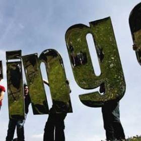 Go to the Edinburgh Fringe Festival - Bucket List Ideas