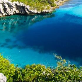 Dive the Blue Holes, Bahamas - Bucket List Ideas