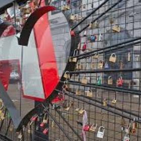Make a love lock - Bucket List Ideas