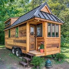 Build a tiny house on wheels - Bucket List Ideas
