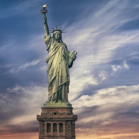 Visit the Statue of Liberty - Bucket List Ideas