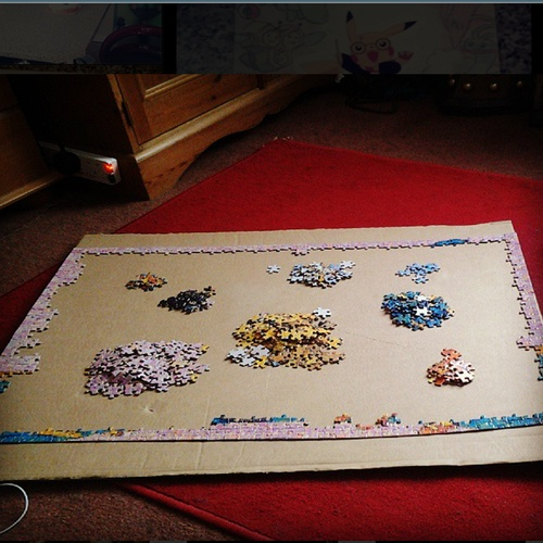 Complete a 1000-piece jigsaw puzzle on my own - Bucket List Ideas
