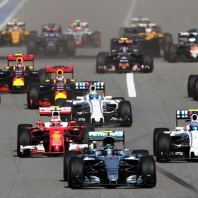 Watch F1 on the racetrack - Bucket List Ideas