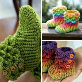 Learn how to crochet these baby booties.. http://youtu.be/RUNtrp_Vj4o  -- too cute! - Bucket List Ideas