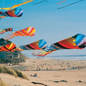 See the Kite Festival in Lincoln City - Bucket List Ideas