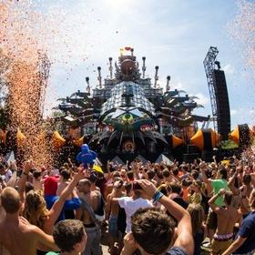 Go to Tomorrowland music festival - Bucket List Ideas