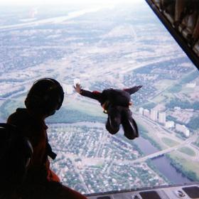 Sky diving! - Bucket List Ideas