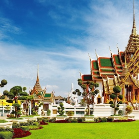 Visit Bangkok's Grand Palace - Bucket List Ideas