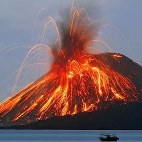Visit a live volcano - Bucket List Ideas