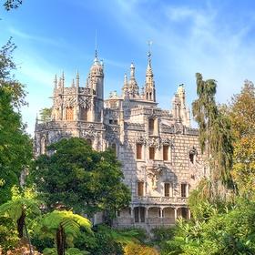 Go to Quinta de Regaleria in Portugal - Bucket List Ideas