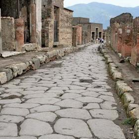 Walk the streets of Pompeii - Bucket List Ideas